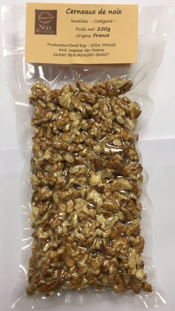 Cernaux de noix de Grenoble sous vide