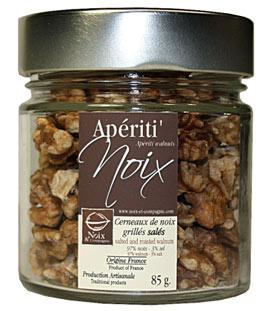 Cernaux de noix grillés salés pour l'apéritif
